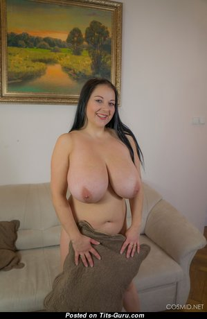 Marvelous Topless & Glamour Babe (Hd Xxx Image)