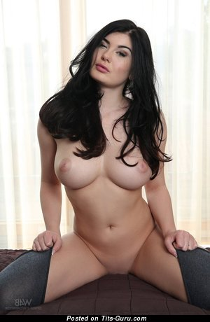 Image. Nude hot lady with big boob picture