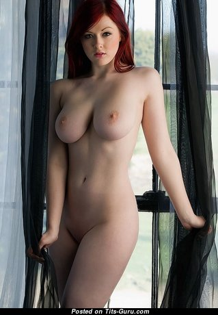 Jessica Dawson - Awesome Red Hair Babe & Girlfriend with Awesome Bald Natural Soft Chest (Porn Pic)