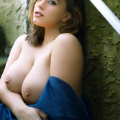 Hot girl with big natural breast photo