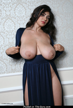 Alexya - Elegant Topless Brunette Babe with Elegant Open Real Sizable Titty (Hd Xxx Photo)