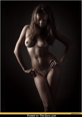 Nude amazing woman with medium natural tittys pic