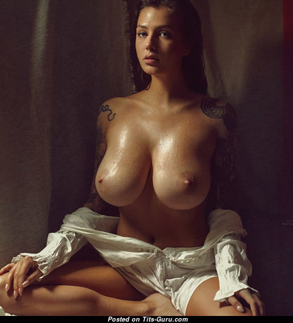 Fine Topless Brunette Babe with Fine Defenseless Big Sized Breasts (Sex Pic)