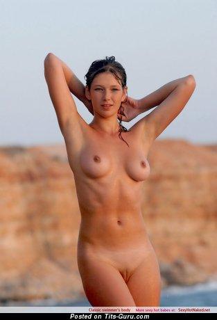 Любовница с невероятной голой средней грудью (hd ххх фотография)