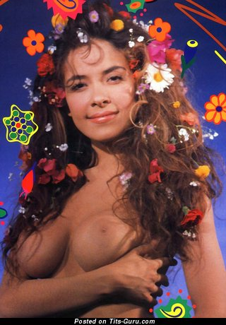 Gloria Trevi: naked latina red hair with natural tots pic