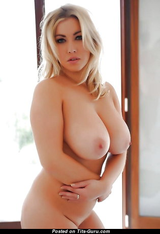 Sweet Unclothed Babe (Porn Pix)