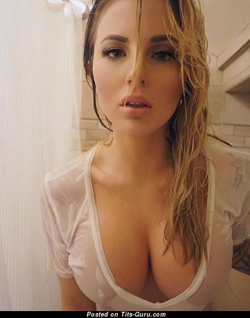 The Best Wet Lassie with The Best Exposed Med Busts (Sexual Pic)