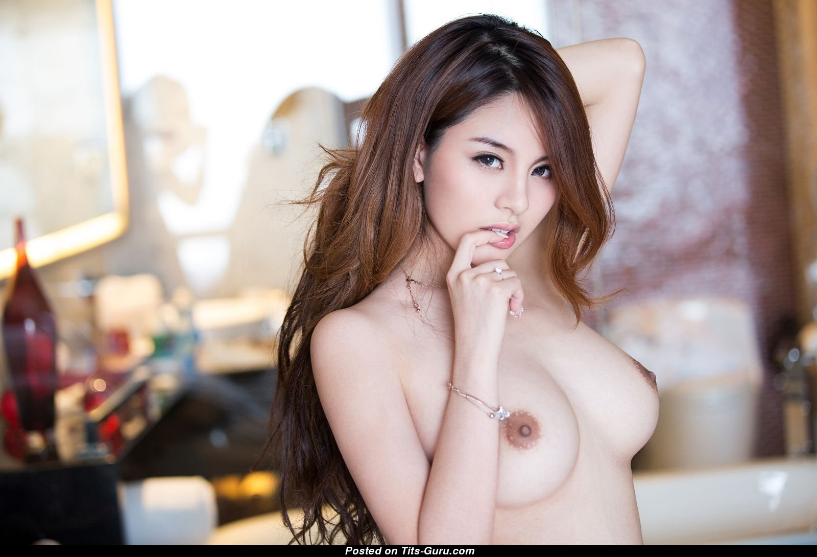 84274ef5 2466 455c a5ef 846ccc09d6ea - Zhao Wei Yi Nude Images