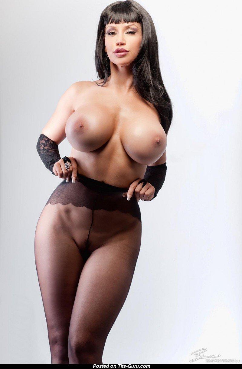Порно фото узкой талии, грубая ебля с двумя девушками в чулках