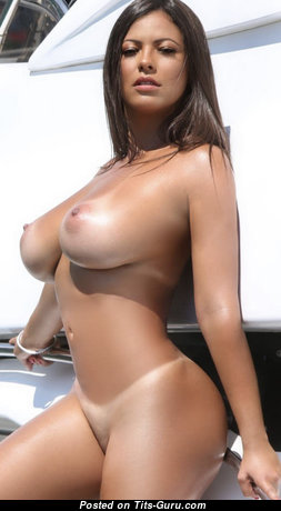 Lovely Brunette Babe with Lovely Defenseless Natural Dd Size Balloons & Tan Lines (Hd Sexual Pic)