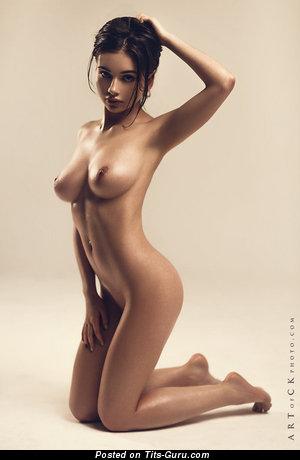 Lera Kovalenko - Wonderful Female with Fascinating Bald Real Firm Boobs (Sex Photo)