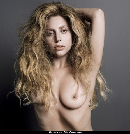 Lady Gaga - Wonderful Topless American Blonde Singer & Actress with Wonderful Open Real Tight Busts & Big Nipples (Porn Foto)