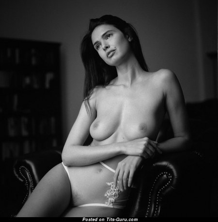 Image. Nude hot lady with natural breast picture