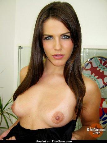 Image. Bobbi Starr - nude beautiful female photo