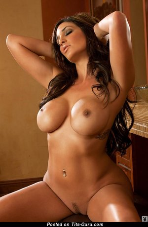 Image. Nude nice woman with big fake tittes pic