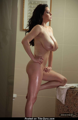 Image. Ewa Sonnet - naked beautiful female with huge natural tittes photo