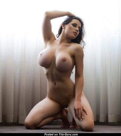 Laura Valencia - Lovely Girlfriend & Babe with Lovely Naked Dd Size Boobies (Porn Pix)