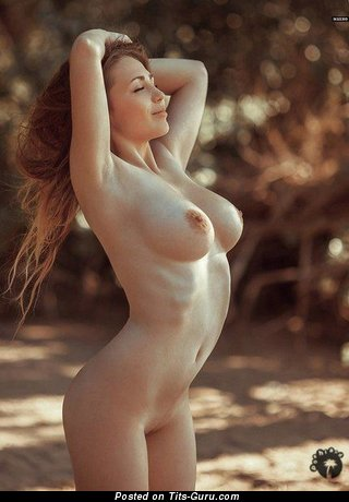 Image. Naked awesome lady with big natural tittes pic