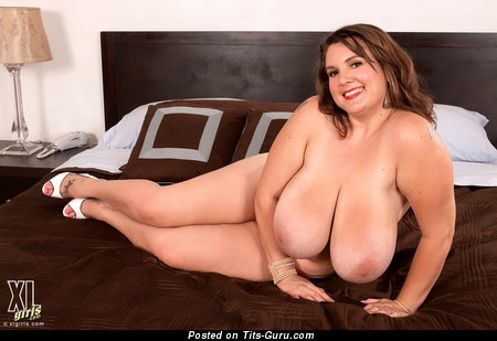 Image. Nude awesome lady with big natural tots picture