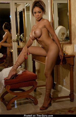Image. Naked wonderful girl image