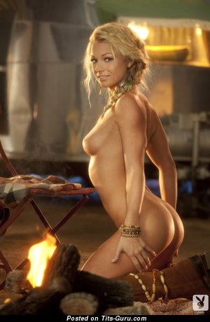 Image. Naked awesome lady with natural breast picture