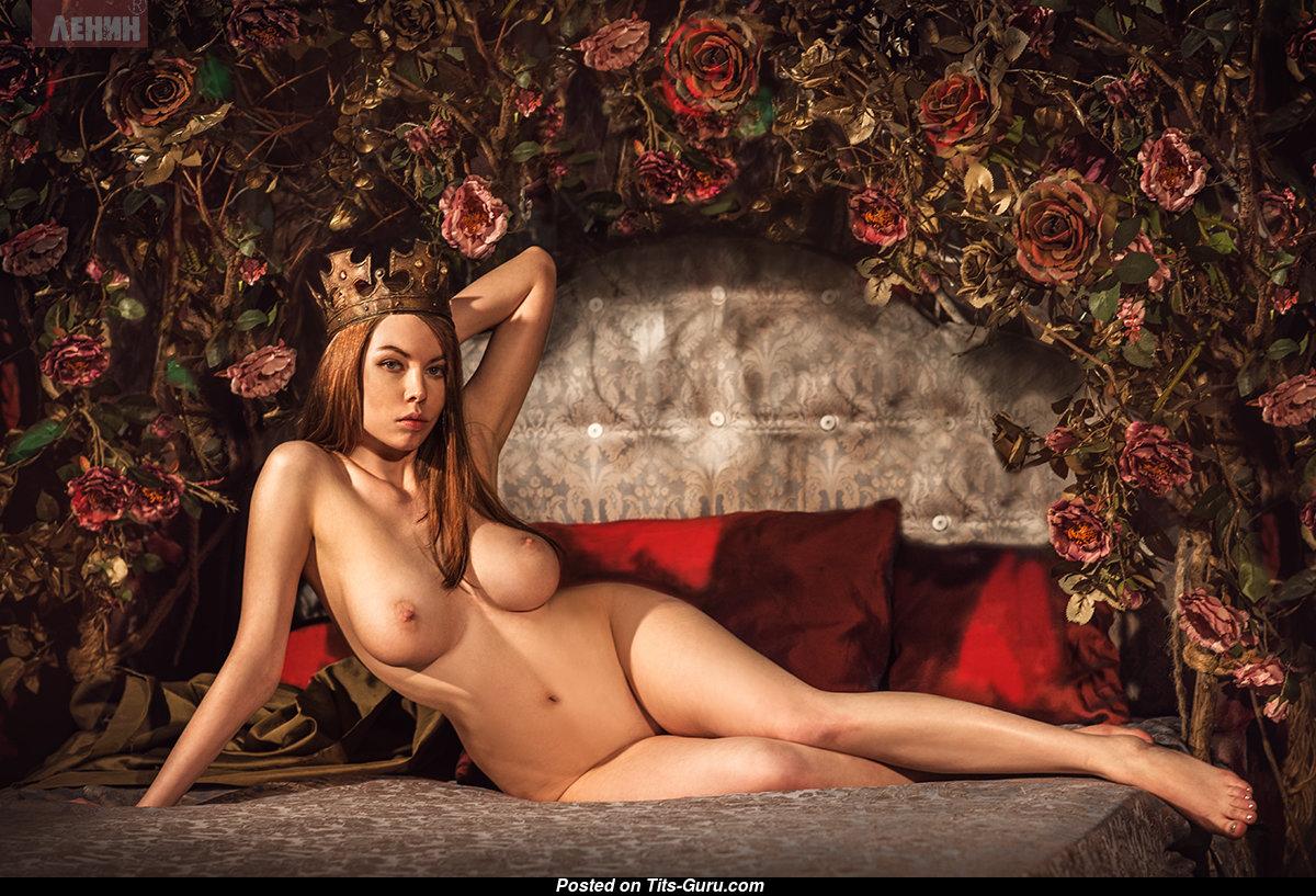 Sexy hot elvira nude that's