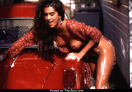 Christina Leardini - Good-Looking Topless & Wet American Playboy Brunette Babe with Beautiful Exposed Real Average Hooters & Pointy Nipples (Vintage Porn Wallpaper)