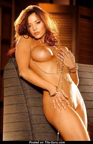 Candice Michelle - Yummy American Playboy Doxy with Yummy Exposed C Size Knockers (Xxx Foto)