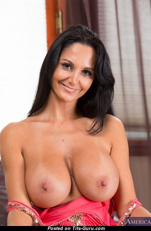 Ava Addams - Lovely Unclothed French, American Brunette Pornstar & Actress (Hd Sexual Pic)