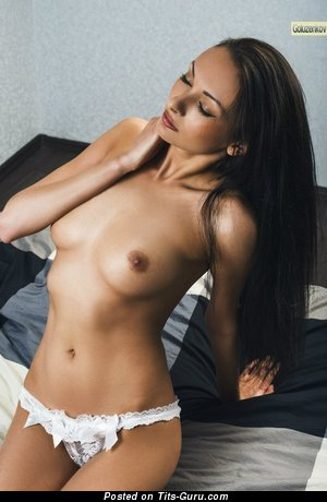 Image. Naked hot lady with medium natural tittys image