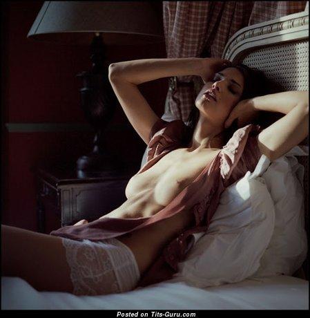 Изображение. Картинка офигенной голой девушки