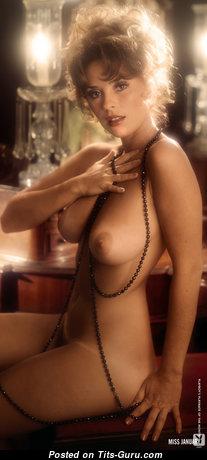 Miki Garcia: топлесс брюнетка Playboy (США) с шикарными оголёнными натуральными сисями,пухлыми сосками,с загаром (старое hd эро фото)