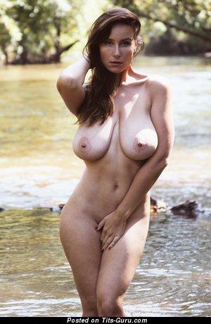 Vassanta - Splendid Russian Red Hair Babe with Splendid Bare Natural Very Big Jugs (Hd Porn Foto)