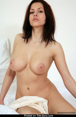Image. Iga Wyrwal - nude awesome female picture