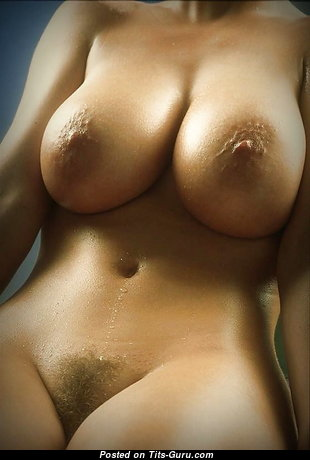 Appealing Unclothed Bimbo with Pointy Nipples (18+ Image)