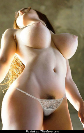 Sexy nude asian with medium breast pic