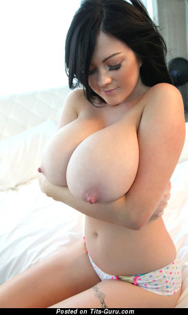 Rachel Aldana - Cute British Babe with Cute Defenseless Real Full Titty & Erect Nipples (Hd Sexual Pic)