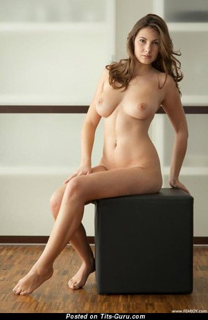 Image. Connie Carter - wonderful girl with medium natural tittes image
