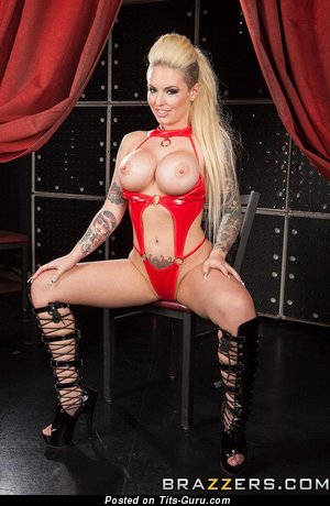 Image. Christy Mack - naked nice female with fake tots pic