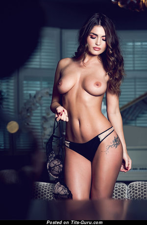 India Reynolds - sexy naked brunette with medium natural boob image