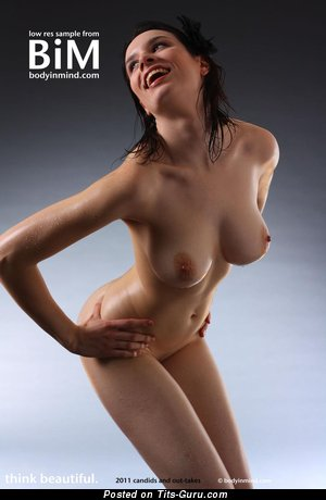 Image. Nude hot lady with medium boobies picture
