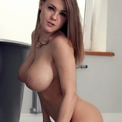 Graceful Babe with Graceful Open Natural Big Sized Tits (Porn Picture)