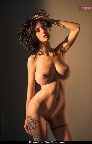 Alla Berger - naked beautiful female with big boob image