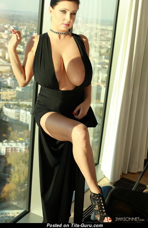 The Best Naked Babe (18+ Foto)