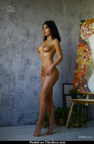Perfect Glamour Unclothed Babe (Hd 18+ Pic)