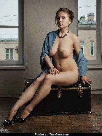 Image. Nude nice lady with natural breast pic