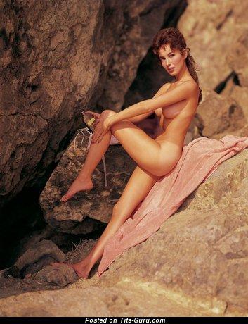 Изображение. Изображение горячей обнажённой девушки