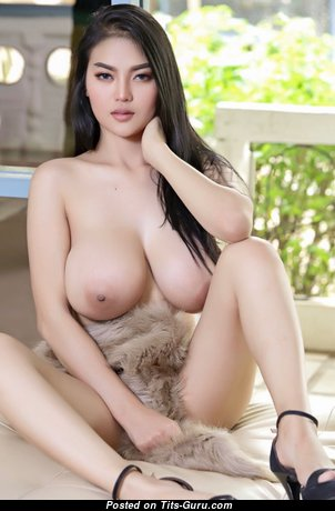 Yanisa Samohom - Superb Nude Asian Brunette with Long Nipples (Hd Porn Photoshoot)