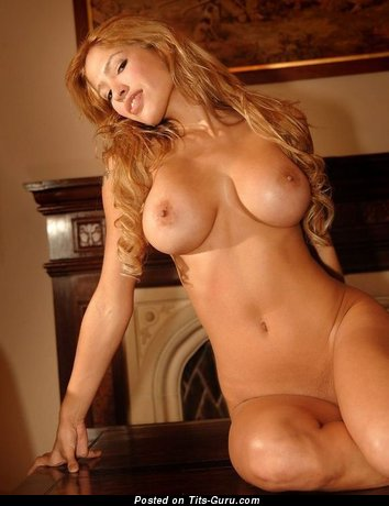 Image. Nude amazing female with big tittys picture