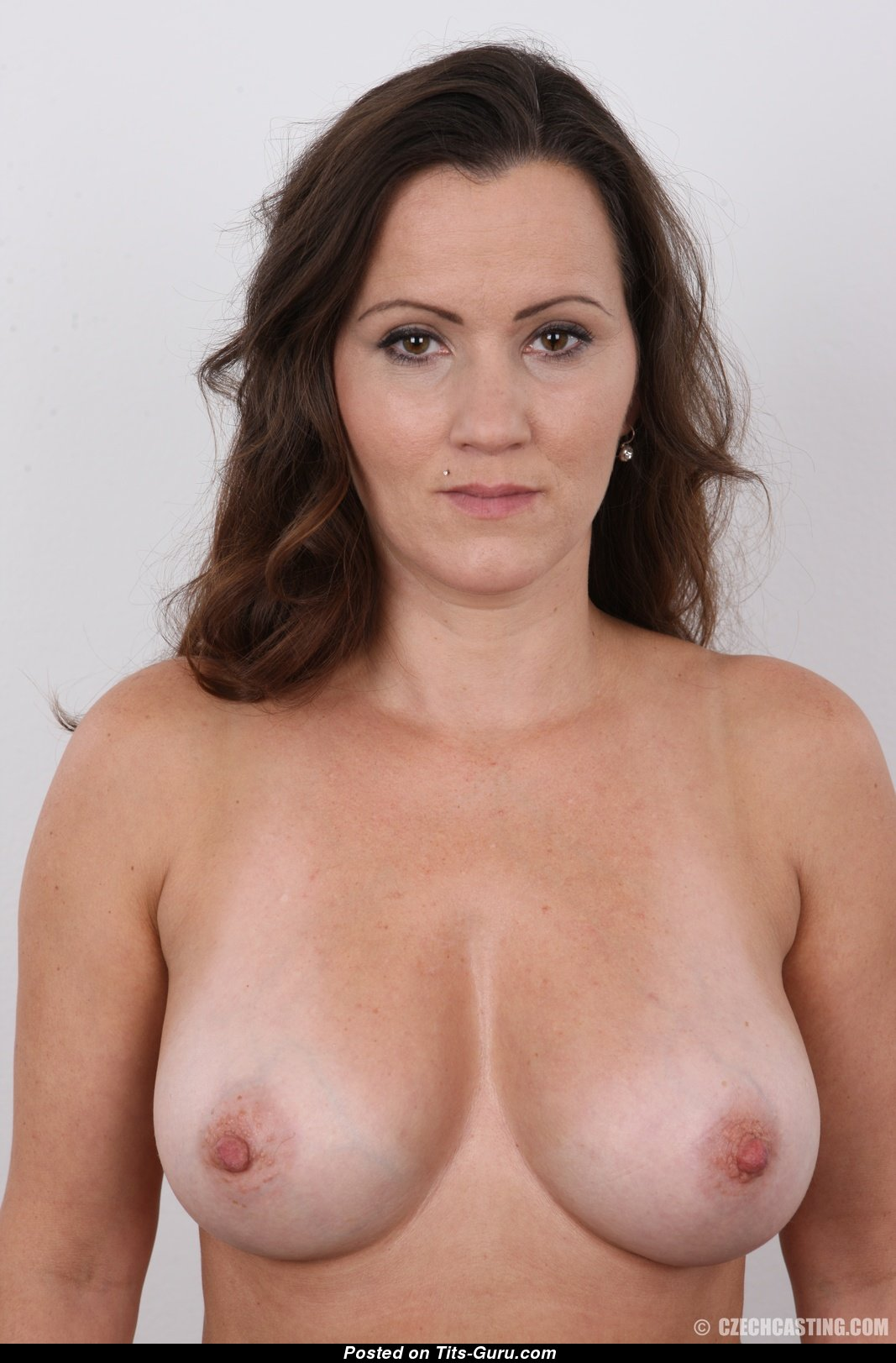 Eva Czech Casting No9802 - Topless Brunette With Nude -8944